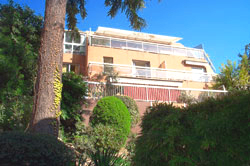 The apartments set into the hillside, Lympia - Nice France